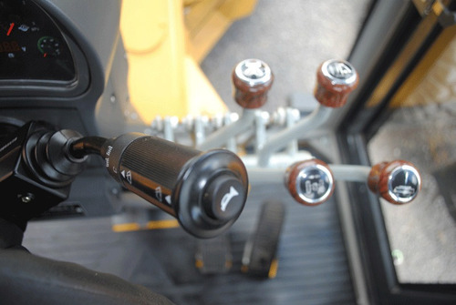 motoniveladora longrui py160 15tn 167hp valor por anticipo!