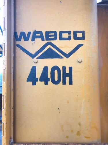 motoniveladora siam wabco 440