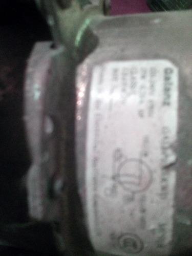 motor condensador del split  de 12mil btu 220 voltios
