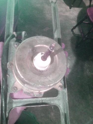 motor condensador del split electrolux de 12mil btu