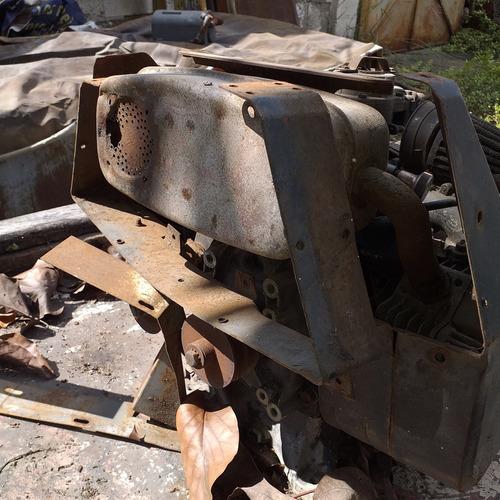 motor de 16 hp  2 cilindros marca briggs stratton
