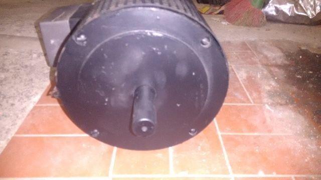6f3fc82bb5f Motor De Corrente Continua Kuper Com Escova - R  650