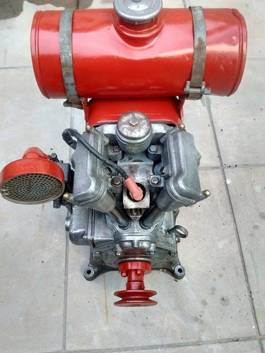 motor estacionario bernard antiguo
