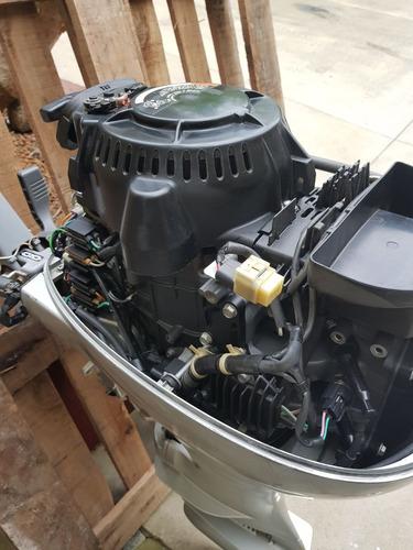 motor fuera de borda honda 20 hp cuatro 4 t !!!como nuevo!!!