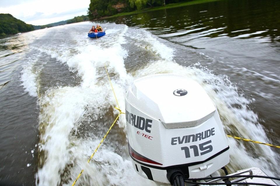 Motor Fuera De Borda Nautico Evinrude E Tec 115 Hp Nuevo