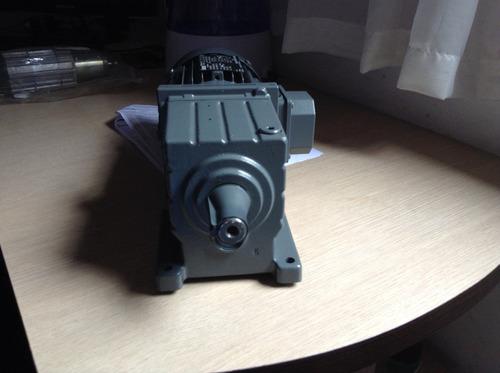 motor lenze gst04-2m vbr 071c32