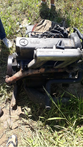 motor mb 180 a diesel  e peças leia o anuncio