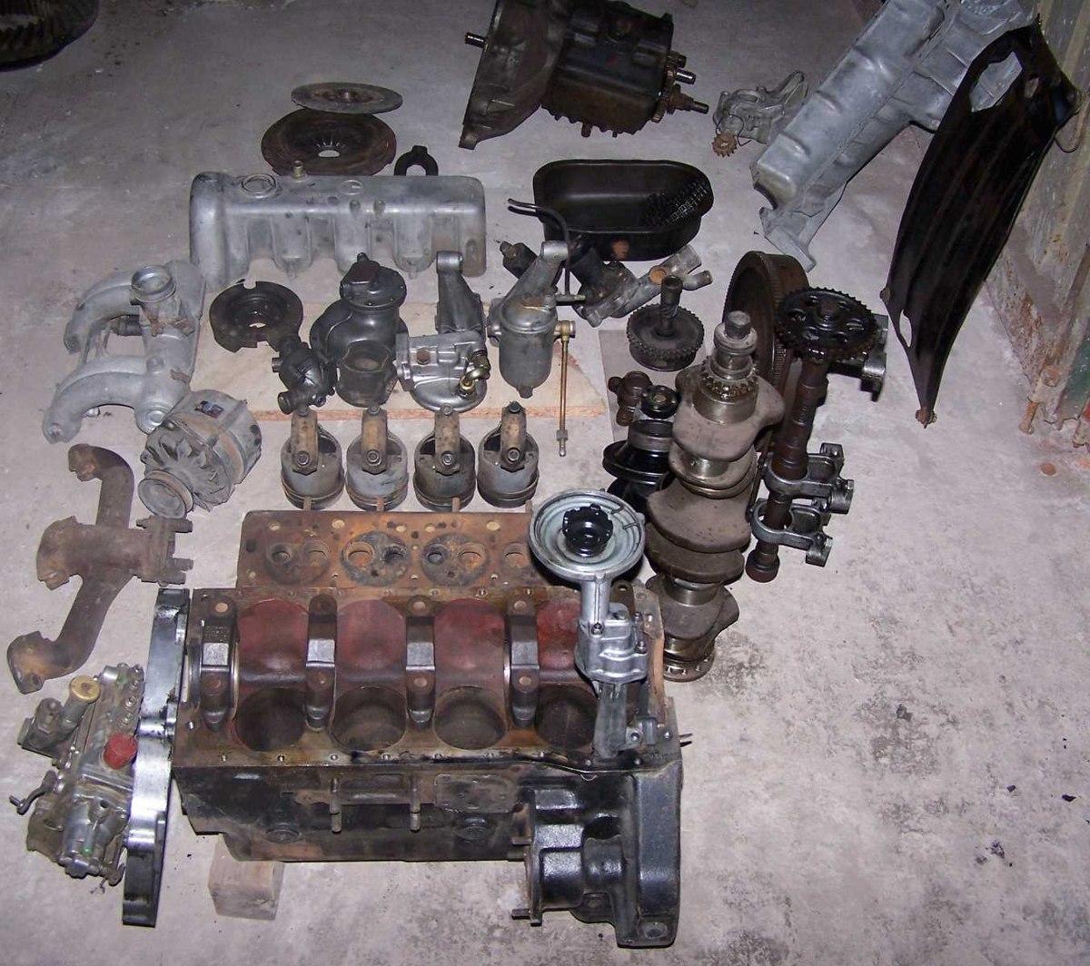 Motor Mercedes Benz 220 Diesel Con Caja De Cambios - $ 25 000,00