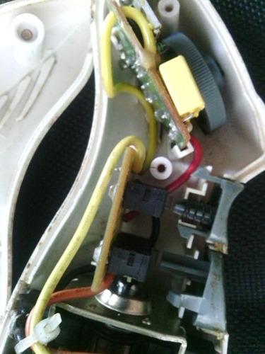 motor mixer oster solo para usar piezas de repuesto.