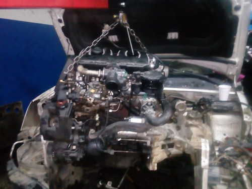 motor peugeot parthner