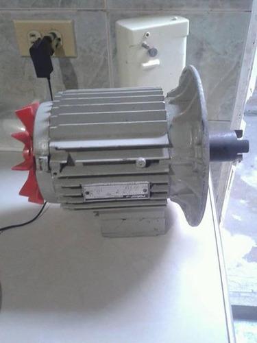 motor trifasico  1 hp