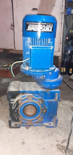 motor trifásico con reducción