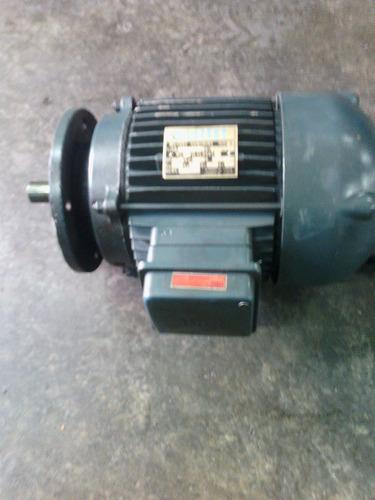 motor trifasico marca lafert