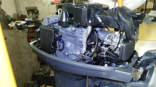 motor yamaha 40 hp , solo 10 hs imp,!