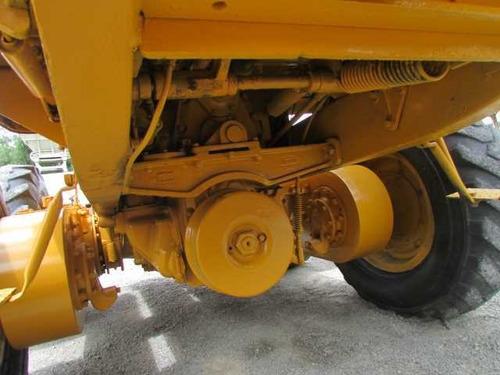 motorconformadora 120 caterpillar 1975