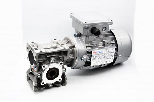 motoredutor  q40 1/100 c/ motor 1/6 cv trifásico romak