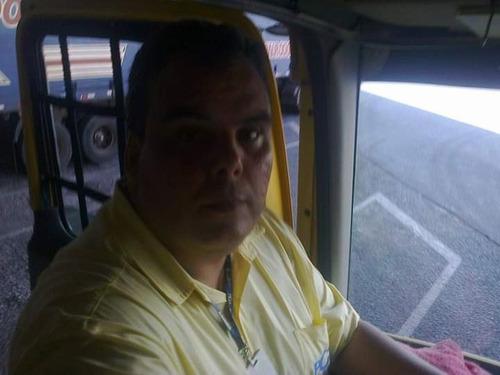 motorista truck ou ônibus