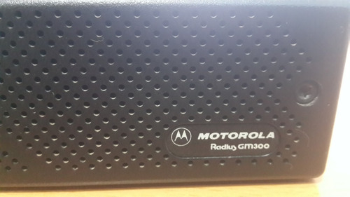 motorola radius gm300 model m44gmc29c4aa uhf radio 35w