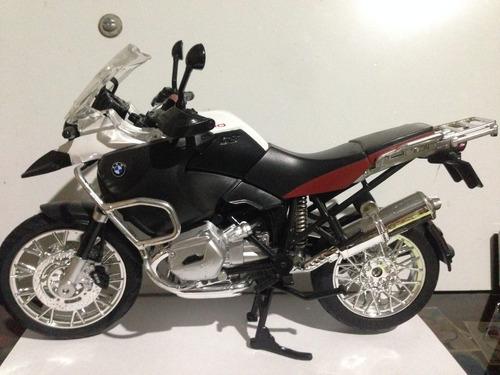 motos a escala 1/10