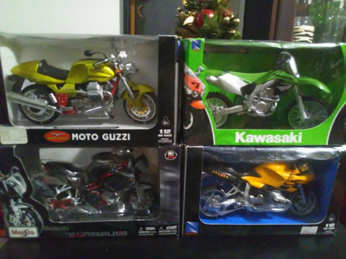 motos a escalas 1/12