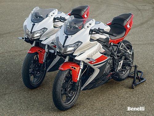 motos benelli 302r