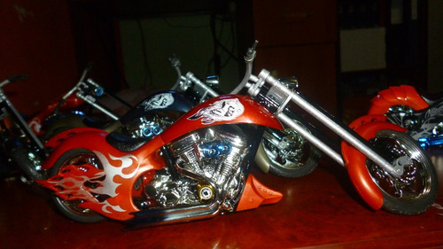 motos chopper escala 1/12