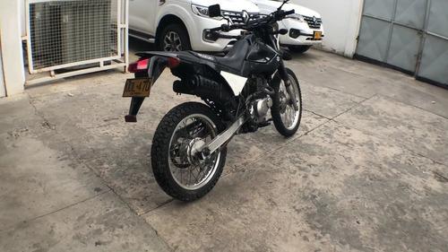 motos suzuki dr200 2016 udl47d