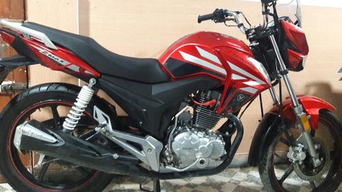 mototaxis torito bajaj,y motos con pocos días de uso