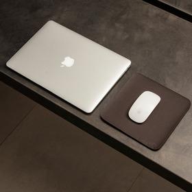 Mousepad Slim Em Couro Sintético 20x20cm Bullpad