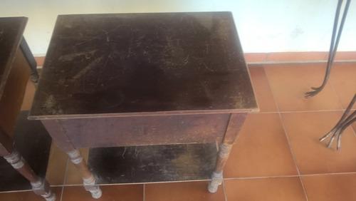 móveis antigos - criado mudo - madeira maciça- duas unidades