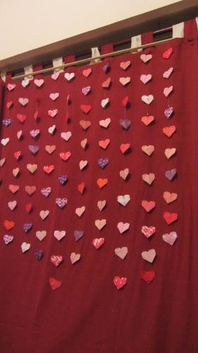 movil colgante de corazones de papel de origami