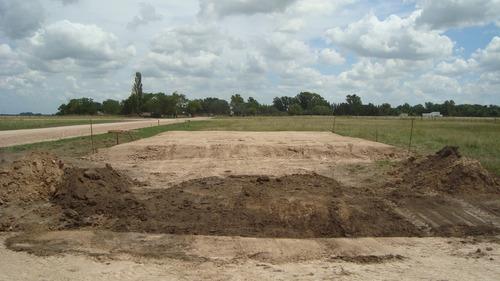 movimiento de suelo, tierra, tosca, nivelaciones en brandsen