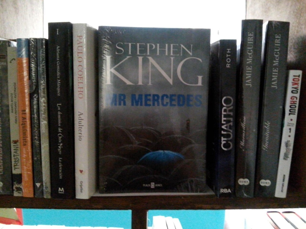 MR. MERCEDES by Stephen King 2014 Book Club Edition BCE Combine Shipping