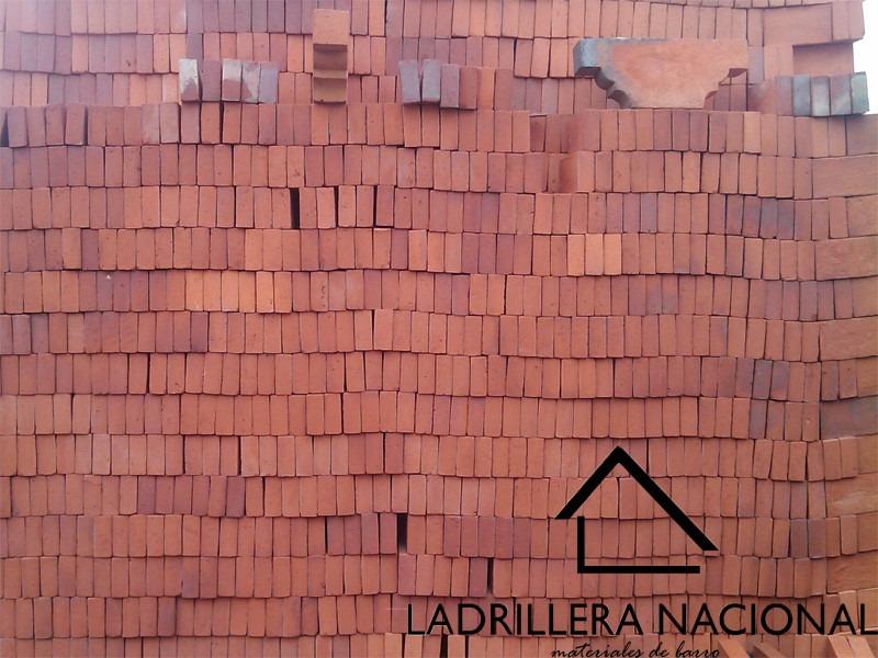 Precios de ladrillos rusticos perfect adobe ladrillo for Precio ladrillo rustico macizo