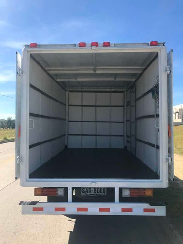 mudanza flete camión peones económica interior barata