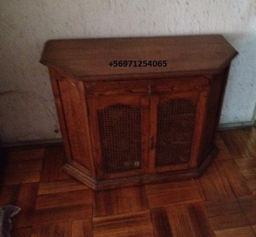 mueble antiguo, 2 puertas