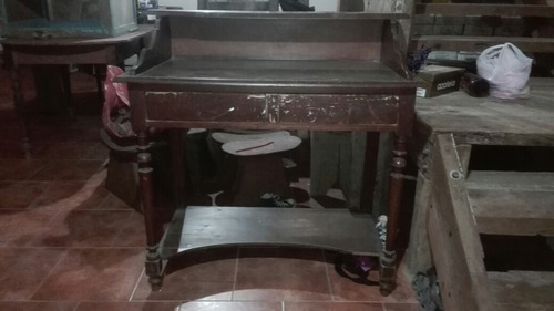 mueble antiguo de campo