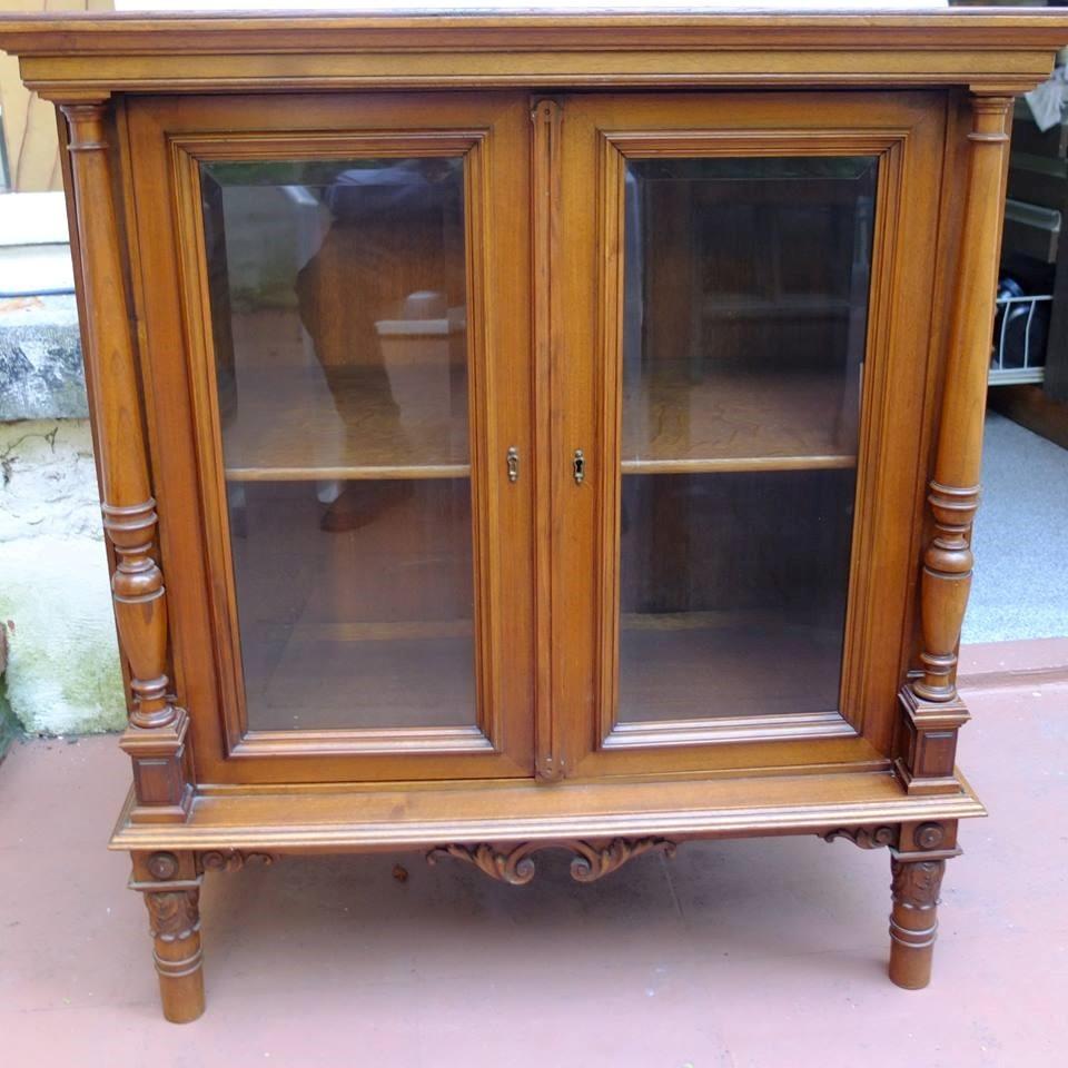 Mueble antiguo peque a biblioteca de dormitorio 320 - Mueble de dormitorio ...