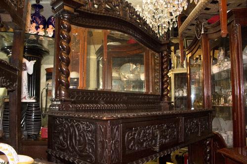 mueble aparador gotico del siglo xlv