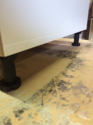 mueble bajo mesada melamina blanca con cantos aluminio 0.80m
