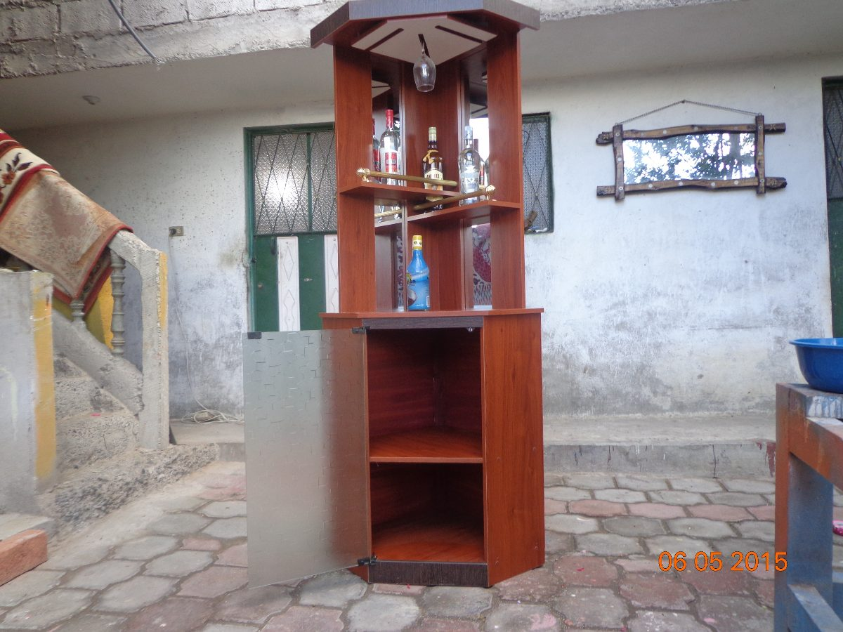 Mueble bar licorera esquinero con espejo vendo o cambio - Rinconeras de madera ...