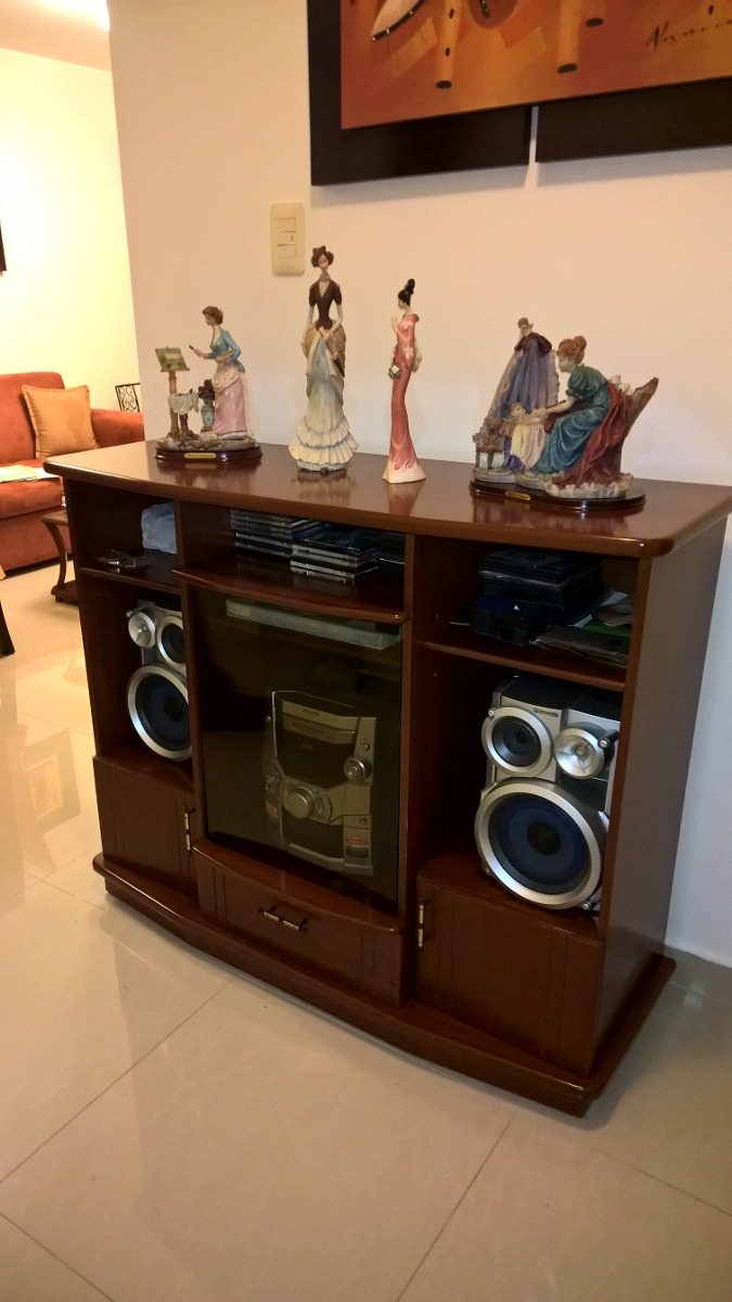 Mueble basico para equipo de sonido y tv s 400 00 en for Muebles para televisor y equipo de sonido