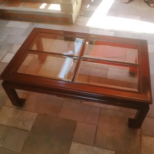 Mueble centro mesa madera caoba bs en for Centro mueble