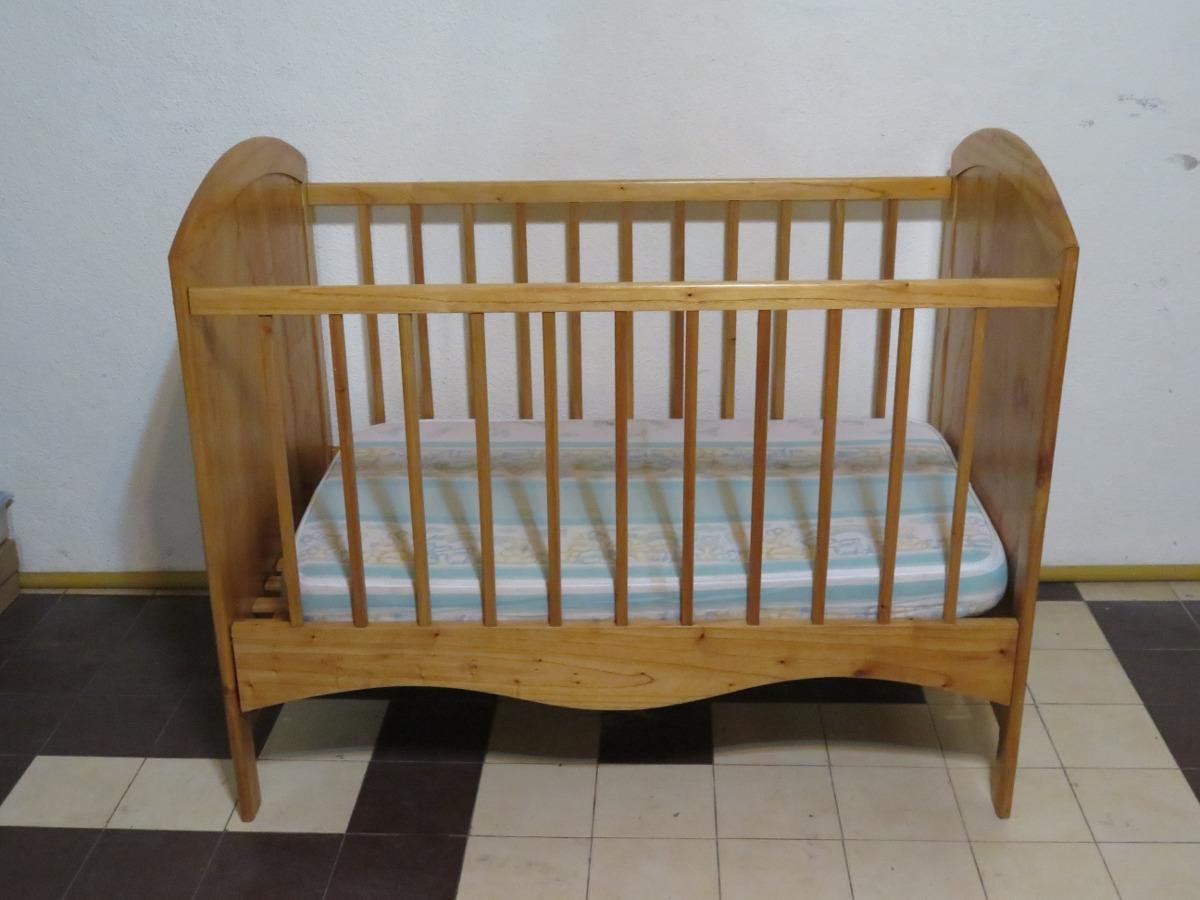 Mueble Cuna Para Bebe Con Colchon Y Repisa. - $ 2.500,00 en Mercado ...