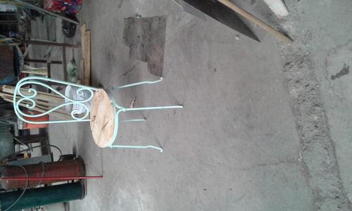 mueble de acero vintage