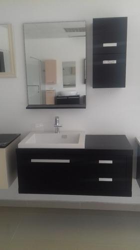 mueble de baño, acabados finos y resistentes al agua