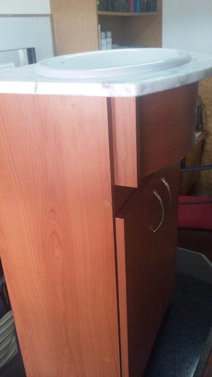 Mueble de ba o con mesada de marmol y bacha incluida u for Muebles bano montevideo