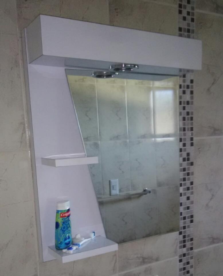 Mueble de ba o moderno minimalista con espejo en f rmica for Mueble con espejo para bano