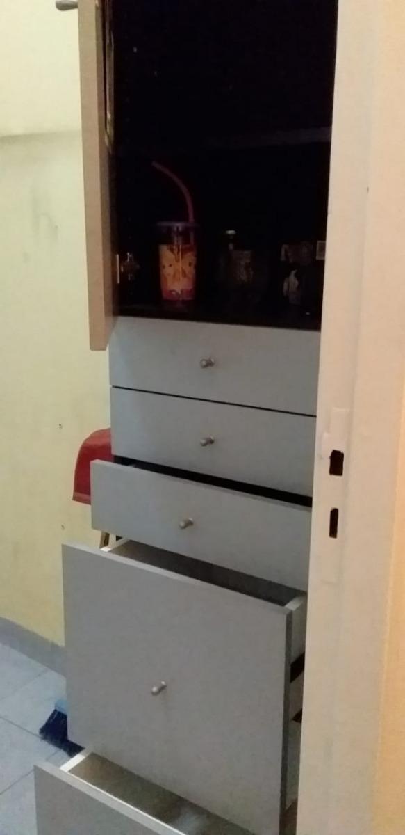 Mueble De Cocina Ideal Espacios Pequeños - $ 5.000,00