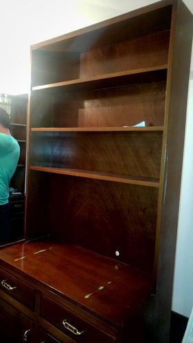 mueble de entretenimiento y biblioteca en madera